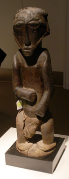 Male ancestor figure from Boyo