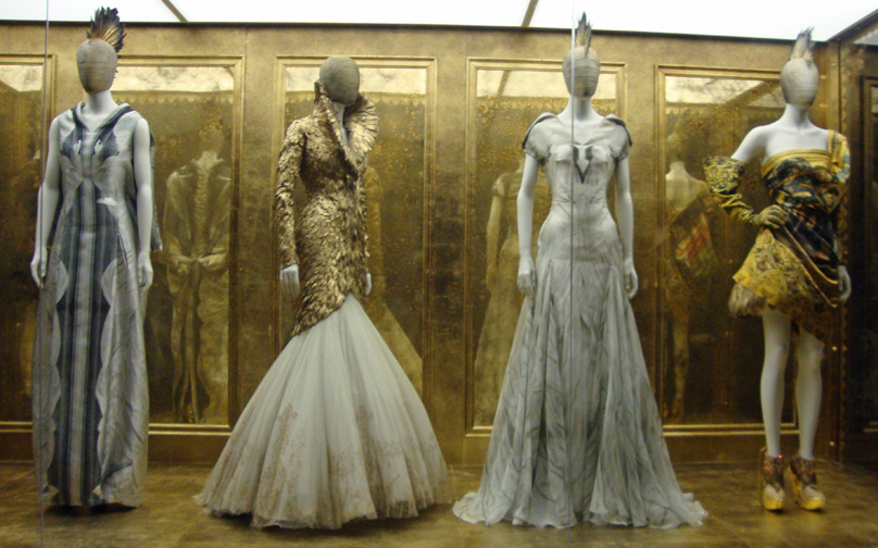Style Alexander Mcqueen Savage Beauty At The Costume Institute Of The Metropolitan Museum Of
