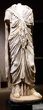 Roman marble statue of Isis