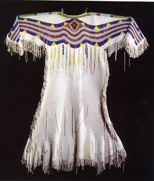 Plateau hide dress, probably Cayuse