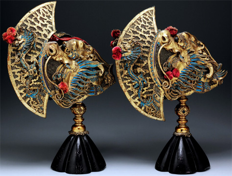 kingfisher feather embellished finials