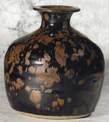 Rare russet-splashed truncated vase