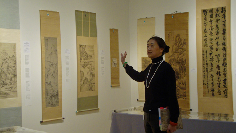 Iris Miao talks about paintings