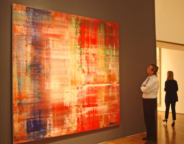 Admirer gazes at Richter