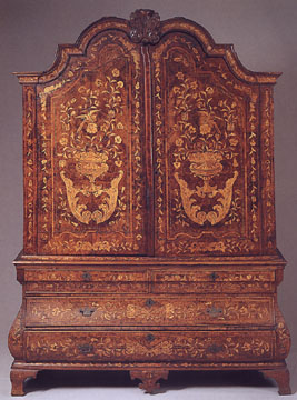 Dutch Baroque bookcase